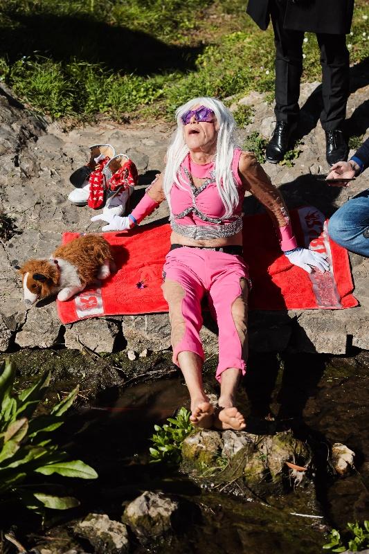 Rita Ora u obilasku grada Zadarski karneval 20.02.2020 26-533x800