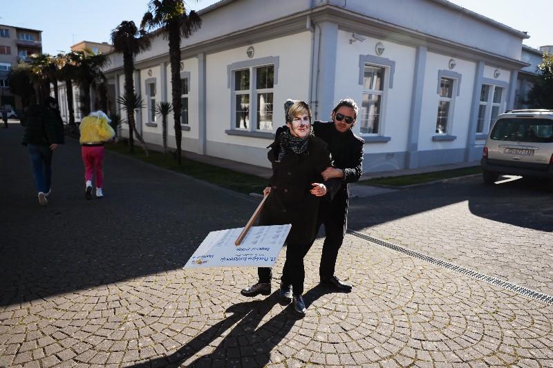 Rita Ora u obilasku grada Zadarski karneval 20.02.2020 31-800x533