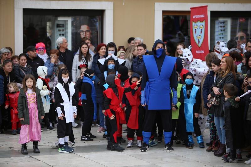 Velika karnevalska povorka Zadarski karneval 23.02.2020, foto Fabio Šimićev 2 004-800x534