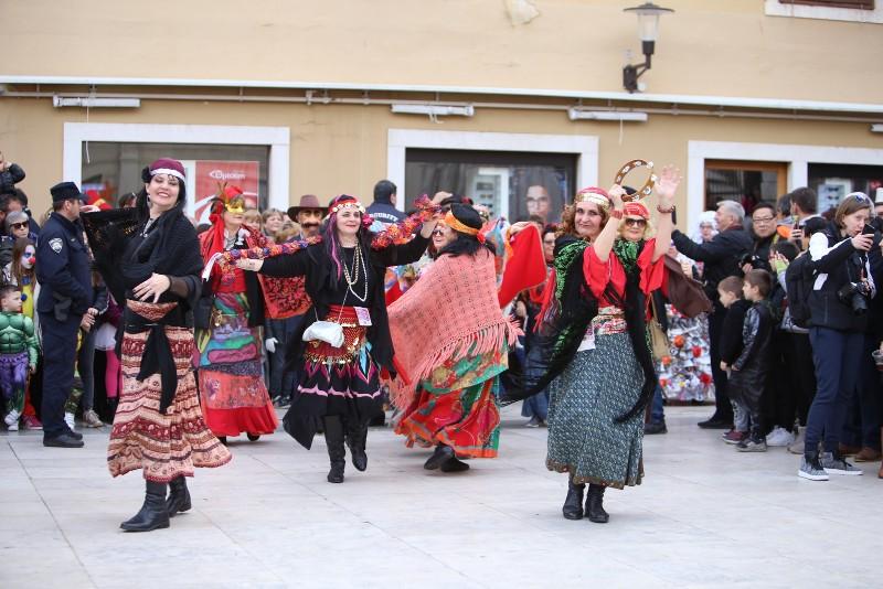 Velika karnevalska povorka Zadarski karneval 23.02.2020, foto Fabio Šimićev 2 008-800x534