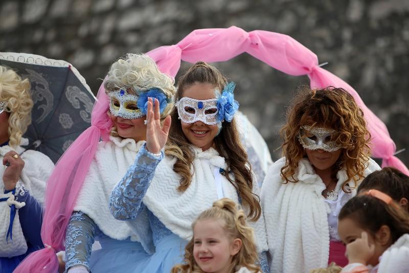 Velika karnevalska povorka Zadarski karneval 23.02.2020, foto Fabio Šimićev 2 094-800x534