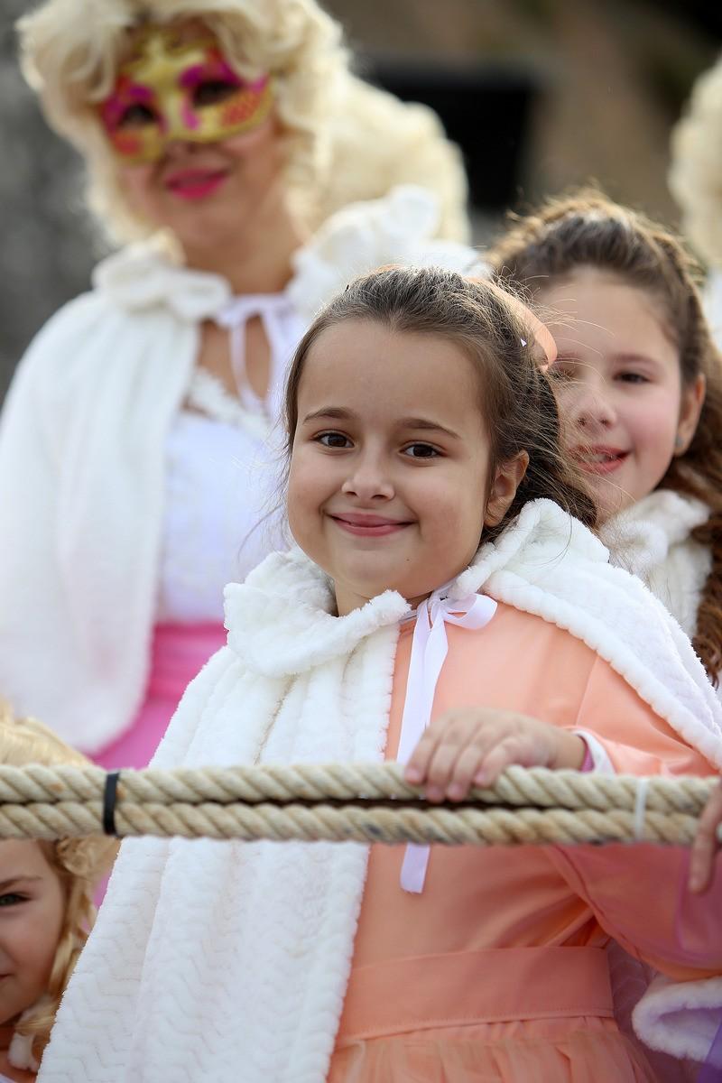 Velika karnevalska povorka Zadarski karneval 23.02.2020, foto Fabio Šimićev 2 097-800x1200