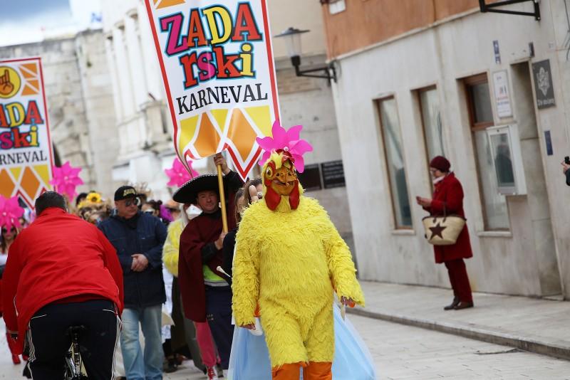 Zadarski karneval 2020. primopredaja vlasti & Valentinovo 14.02, foto Fabio Šimićev 01-800x534