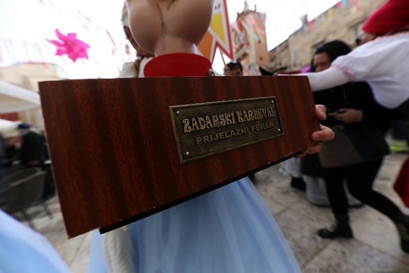 Zadarski karneval 2020. primopredaja vlasti & Valentinovo 14.02, foto Fabio Šimićev 26-800x534