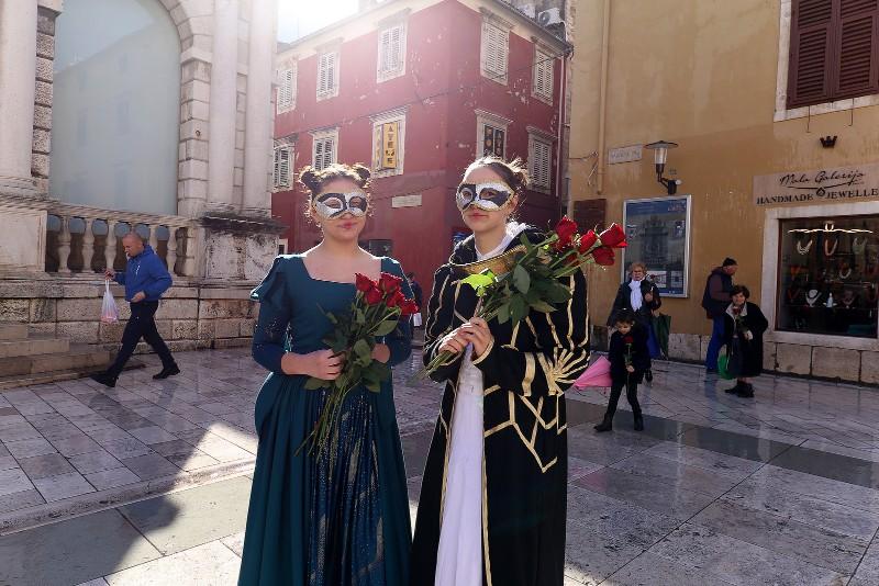 Zadarski karneval 2020. primopredaja vlasti & Valentinovo 14.02, foto Fabio Šimićev 40-800x534