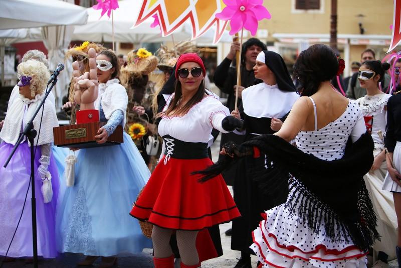 Zadarski karneval 2020. primopredaja vlasti & Valentinovo 14.02, foto Fabio Šimićev 11-800x534