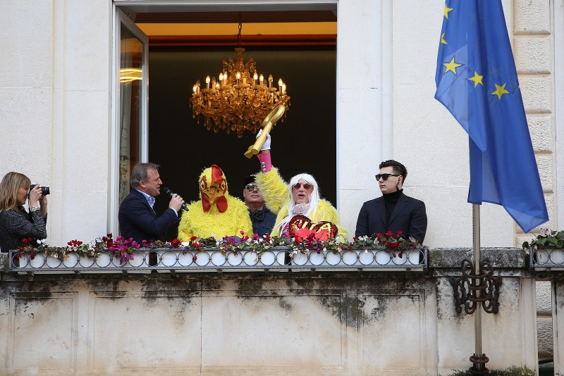 Zadarski karneval 2020. primopredaja vlasti & Valentinovo 14.02, foto Fabio Šimićev 16-800x534