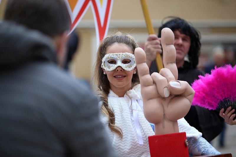 Zadarski karneval 2020. primopredaja vlasti & Valentinovo 14.02, foto Fabio Šimićev 20-800x534