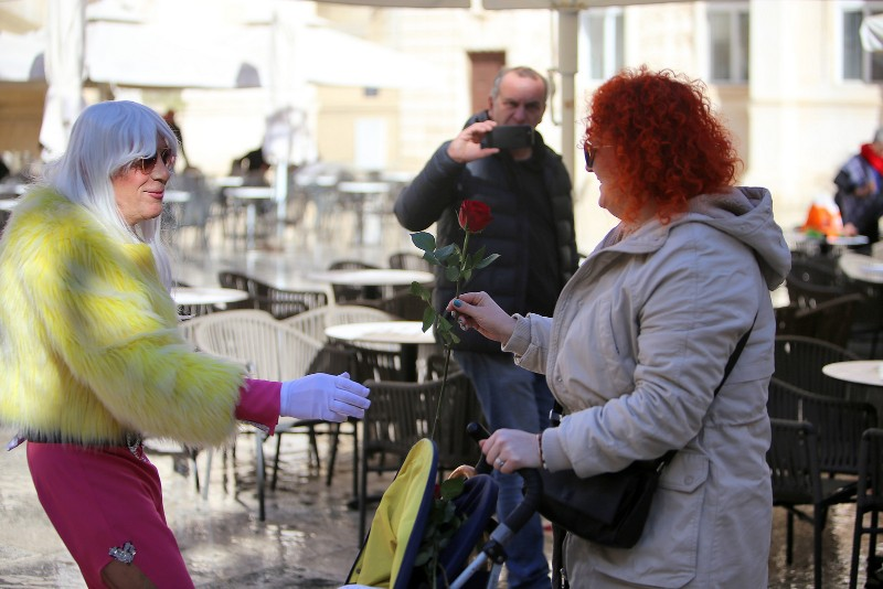 Zadarski karneval 2020. primopredaja vlasti & Valentinovo 14.02, foto Fabio Šimićev 49-800x534