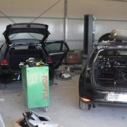 Zadarska policija privela dvojicu zbog krađe i prodaje Golfova VII