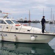 Policija pomaže otočanima da testiraju krv; Prenose uzorke u Zadar