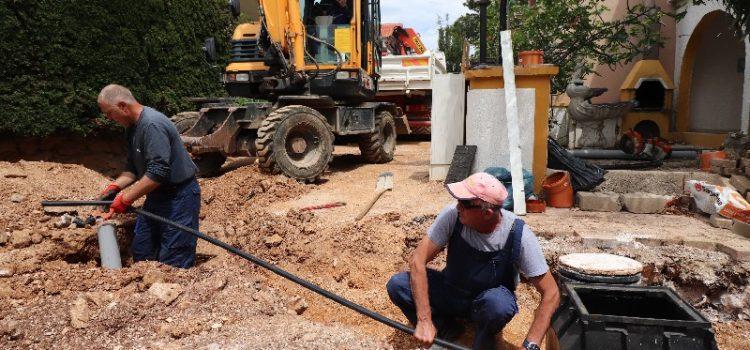 Na vodovodnu i kanalizacijsku mrežu spojeno 1.400 objekata u Viru