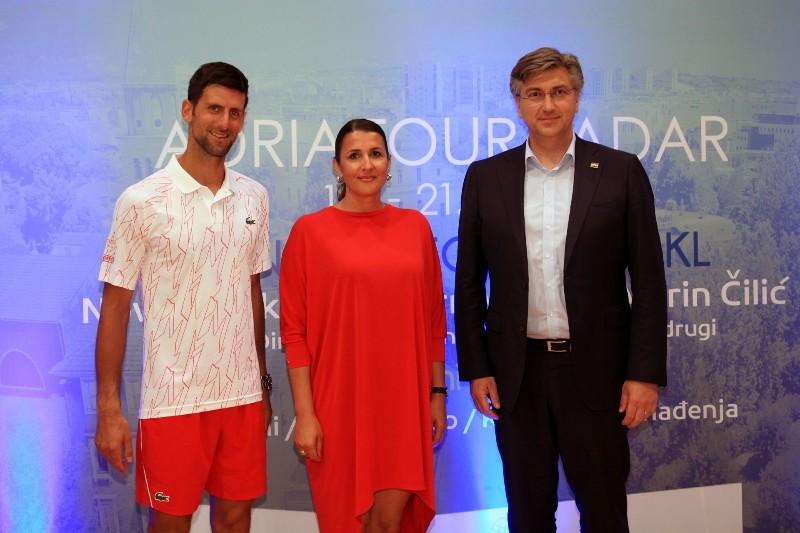 Novak Dokovic, Nikolina Babic, Andrej Plenkovic-800x533