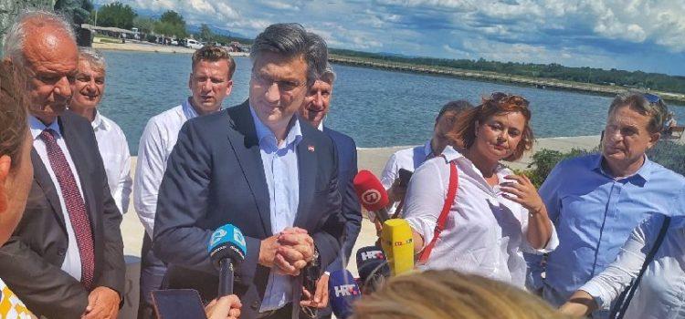 Plenković u Ninu: Činimo sve za zdravlje građana i gospodarski oporavak