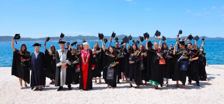 Na Sveučilištu u Zadru promovirano 77 magistrica i magistara