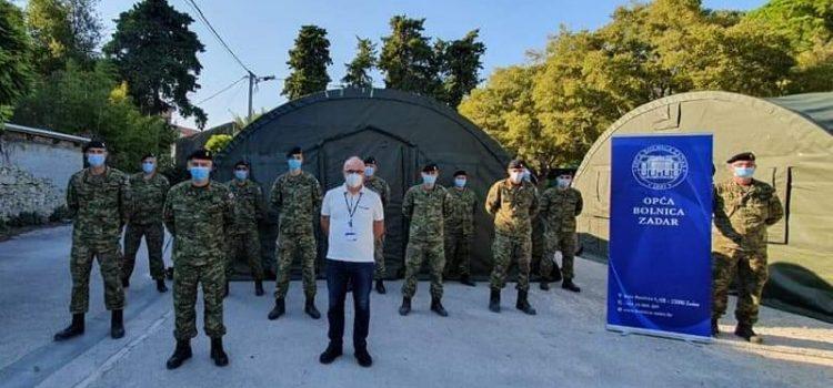 Vojska postavila dva šatora ispred zadarske bolnice za pacijente