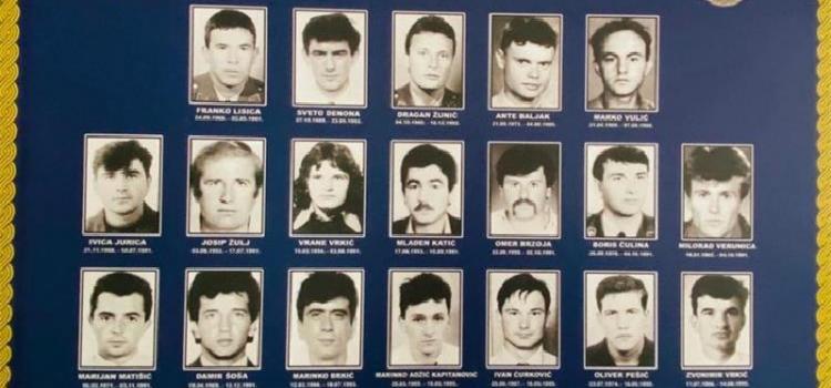 PU zadarska prijetila se i udala počast poginulim kolegama Borisu Čulini i Miloradu Verunici
