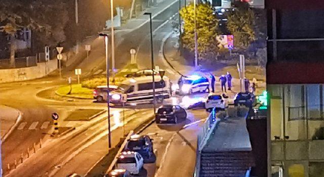 VIDEO Policija noćas uz uporabu sredstava prisile privela više osoba
