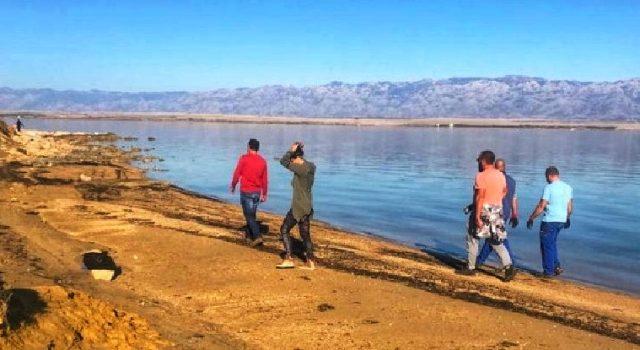 GALERIJA Uspješno provedena velika akcija čišćenja plaže Sabunike u Privlaci