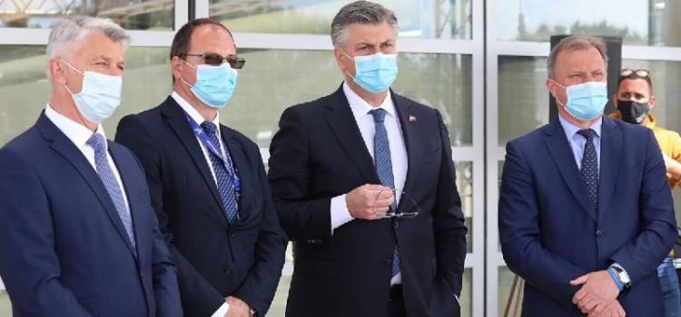 Premijer Plenković na prezentaciji otvorenog olimpijskog bazena Višnjik
