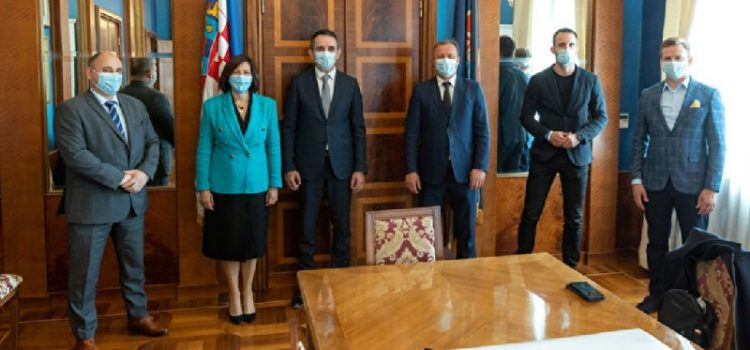 Pet zadarskih državnih tajnika na sastanku kod gradonačelnika Dukića