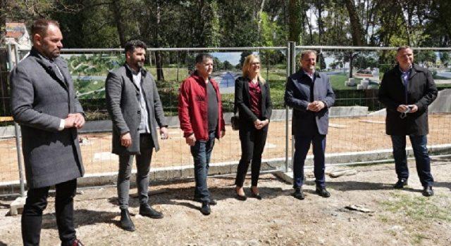 Gradonačelnik Dukić najavio nove javne sadržaje u parku Vruljica i park šumi Musapstan
