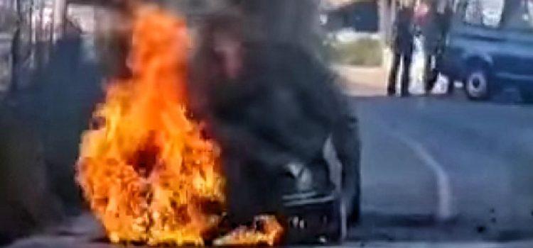 VIDEO Na Bokanjcu se zapalio Mercedes