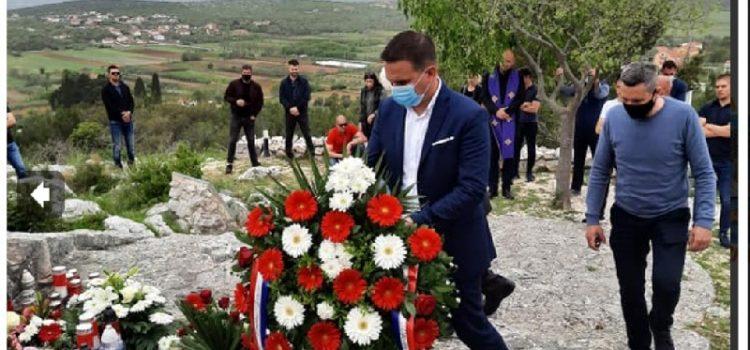 Bibinjci odali počast heroju Franku Lisici na mjestu na kojem je ubijen