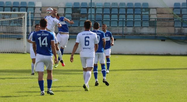 GALERIJA Na Stanovima odigrana utakmica Zadra i Benkovca; Rezultat 6-2