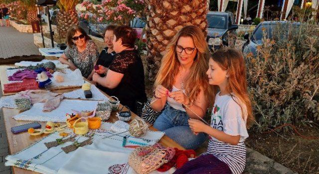 BIBINJE Obilježen svjetski dan pletenja – bibinjski plet ponovo u Talinama