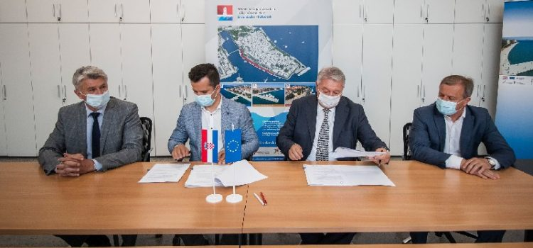 Potpisan ugovor za radove na rekonstrukciji zadarske rive