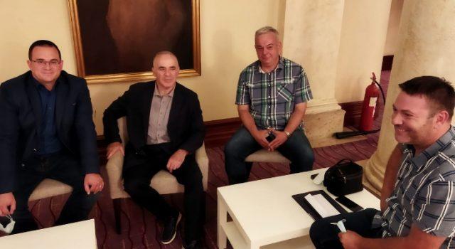 Garry Kasparov primio delegaciju Grada Zadra i Šahovskog kluba Zadar