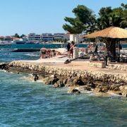 Ponovo izljev fekalija na plaži Jadran kod Marexa – ne kupajte se!