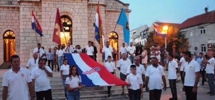 PAKOŠTANE Misa za domovinu, hrvatske branitelje i blagoslov stijega