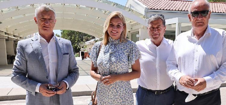 Ministrica turizma sastala se sa županom Božidarom Longinom i suradnicima