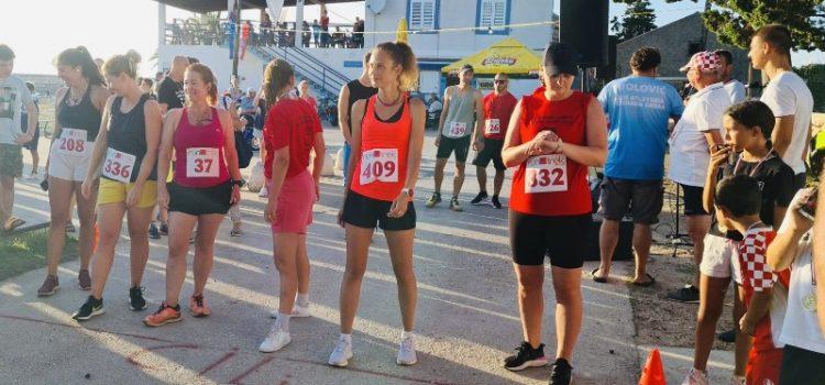Na Olibu održana atletska utrka u čast Danijela Telesmanića Dida
