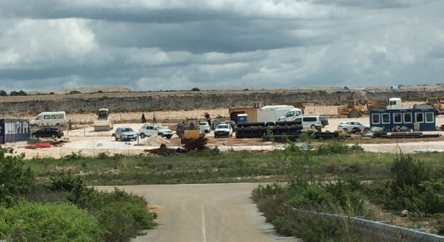 Djelatnici tvrtke Eko d.o.o. sele na gradilište Centra za gospodarenje otpadom