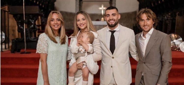 Mateo Kovačić krstio je sina u katedrali Sv. Stošije, kum mu je Luka Modrić